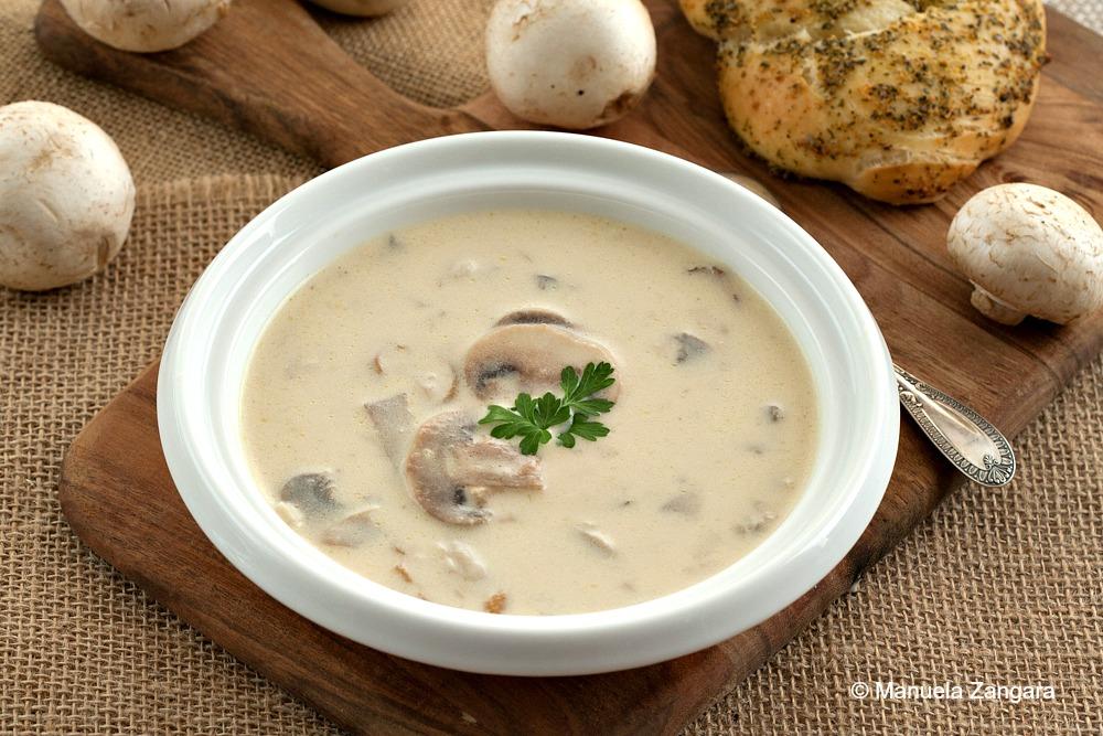 سوپ مرغ و برنج با لوبیا و عدس