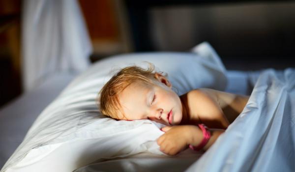 خواب کافی برای افزایش قد