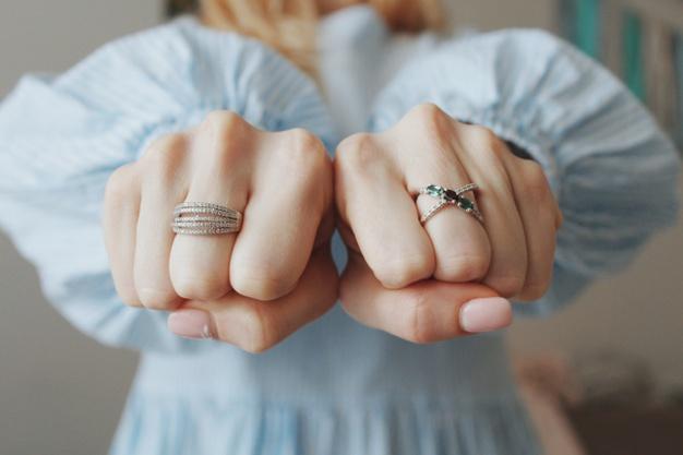 لاغری انگشتان